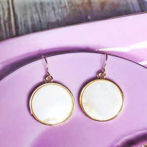 MOTHER OF PEARL GOLD DANGLE STATEMENT EARRINGS SET